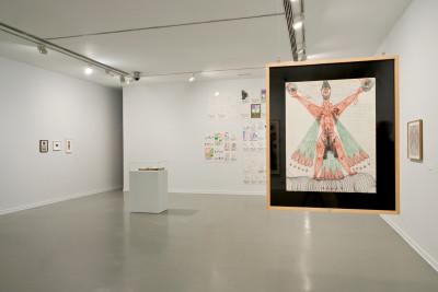 exhibition view of *el ojo electrico*,  curators : antonia gaeta et pilar soler, centro de arte oliva, joão de madeira, portugal, 2019. - © centro de arte oliva, christian berst — art brut