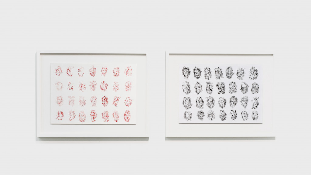 vue de l'exposition *japon brut : la lune, le soleil, yamanami*, christian berst art brut, paris, 2019. - © christian berst art brut, photo: elena groud, christian berst — art brut