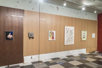 Vue de l'exposition *Pre-Renovation Potluck*, MARCH, New York, 2021 - © © MARCH, christian berst — art brut