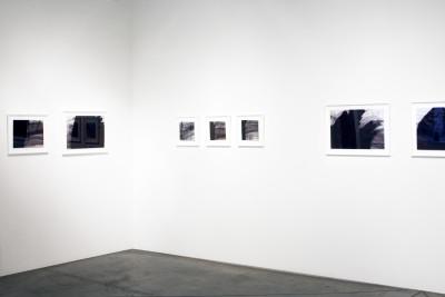 Vue de l'exposition *Beverly Baker : Palimseste*, christian berst art brut, Paris, 2015. - © ©christian berst art brut, christian berst — art brut