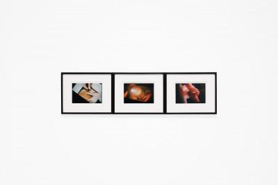 Vue de l'exposition *le fétichiste : anatomie d'une mythologie*, christian berst art brut, Paris, 2020 - © ©christian berst art brut, christian berst — art brut