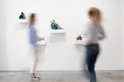 Vue de l'exposition *franco bellucci : beau comme...#2*, christian berst art brut, Paris, 2021 - © © christian berst art brut, christian berst — art brut
