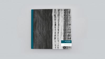 Catalogue publié à l'occasion de l'exposition *Anton Hirschfeld : soul weaving*, christian berst art brut, Paris, 2018. - © christian berst — art brut