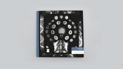 Catalogue publié à l'occasion de l'exposition *Éric Benetto : in excelsis*, christian berst art brut, Paris, 2019. - © christian berst art brut, christian berst — art brut
