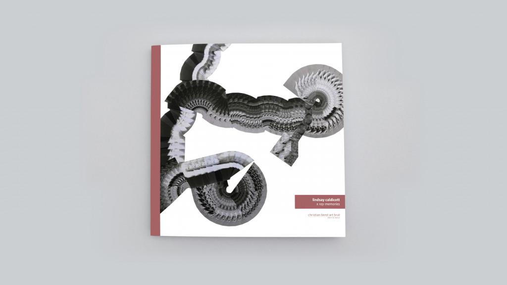 Catalogue publié à l'occasion de l'exposition *Lindsay Caldicott : x ray memories*, christian berst art brut, Paris, 2018. - © christian berst — art brut